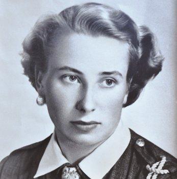 Alice Lentchevska - Biographie et Témoignage 1994-2010 - Page 4 Alicja_Lenczewska